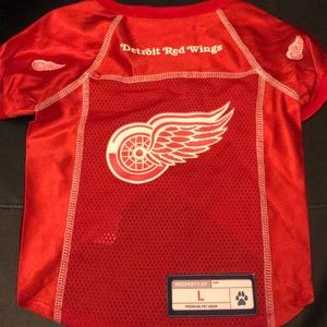Other - Red wings dog shirt